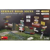 MiniArt - 1/35 German Road Signs WW2 (Eastern Front Set 1)
